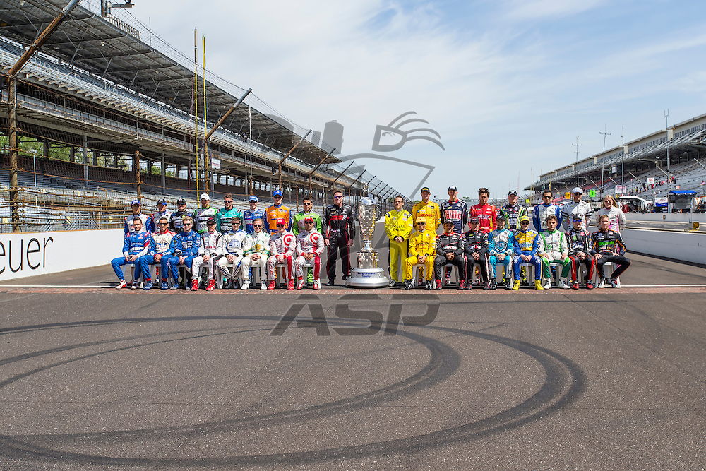 Indianapolis, IN - May 19, 2014:  The IndyCar drivers pose for their official 2014 Indianapolis 500 photo at the start finish line at the Indianapolis Motor Speedway in Indianapolis, IN.<br /> <br /> <br /> MANDATORY PHOTO CREDIT:  Walter G. Arce, Sr. KBI/ActionSportsInc.com