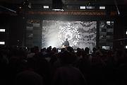 WIKLOW présente SKELETAL WIRES, NOCTURNE 3 :: ORCHESTRATE TO ELEVATE <br /> Musée d'art contemporain - Salle principale<br /> vendredi 29 mai, 21:30 - 03:00<br /> 35$ (+ fs & tx)<br /> Le post numérique se déchaîne avec des fractales d'instrumentation acoustique dans une soirée de saisissantes harmonies et de rythmes transportants. Les producteurs donnent libre cours à leur musicalité viscérale, du violoncelle et piano à la batterie, en demeurant dans les sphères de la composition radicale et de l'improvisation sublime.
