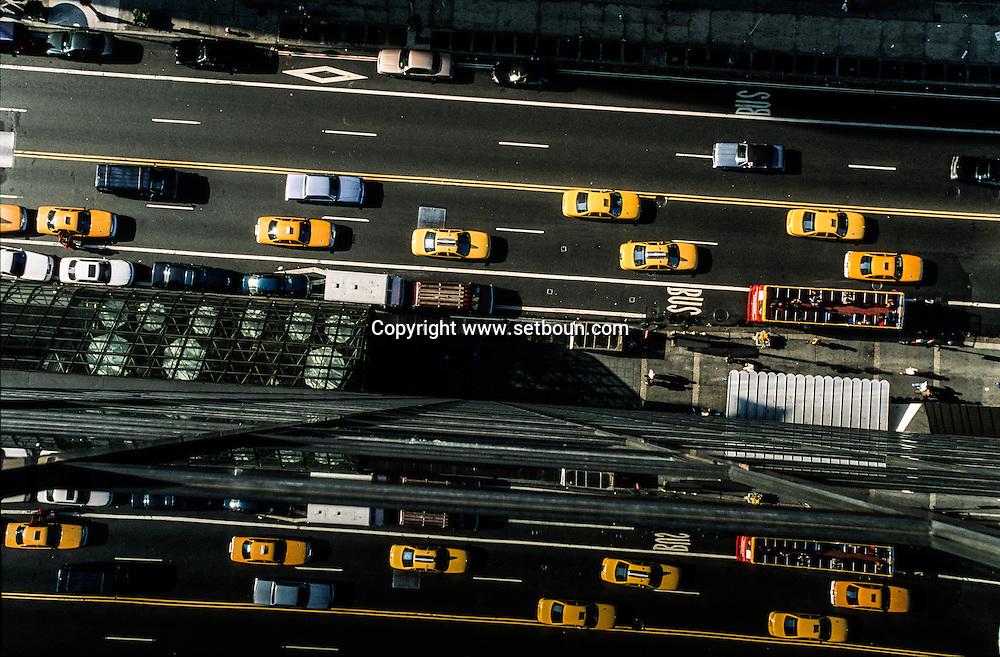 New York. elevated view. high angle view on 42nd street coridor , Manhattan  New York  USA   / La 42 em rue vue d en haut,  New York