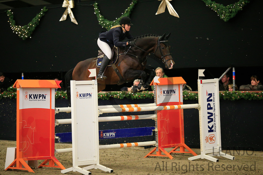 Aniek Diks - Huro's Winston Jumper R<br /> KNHS/KWPN GMB Hengstencompetitie Roosendaal 2012<br /> © DigiShots