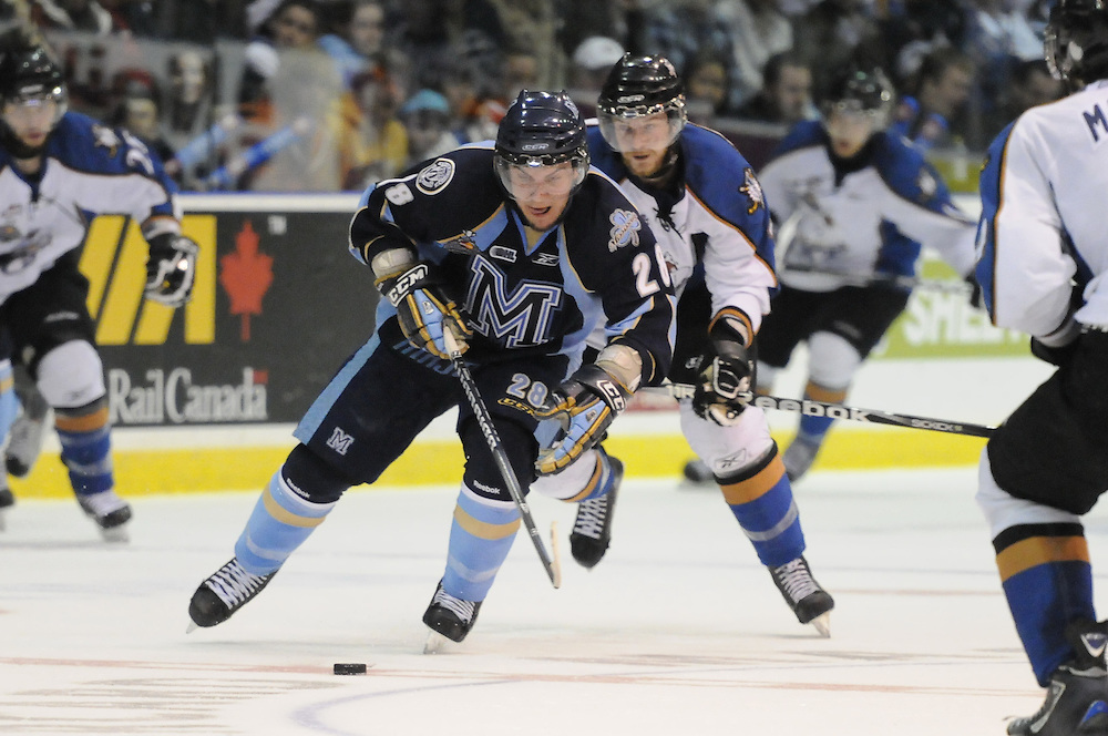 Game action from Friday's semi-final game between the Mississauga St. Michael's Majors and Kootenay Ice at the 2011 MasterCard Memorial Cup in Mississauga, ON. Photo by Aaron Bell/CHL Images