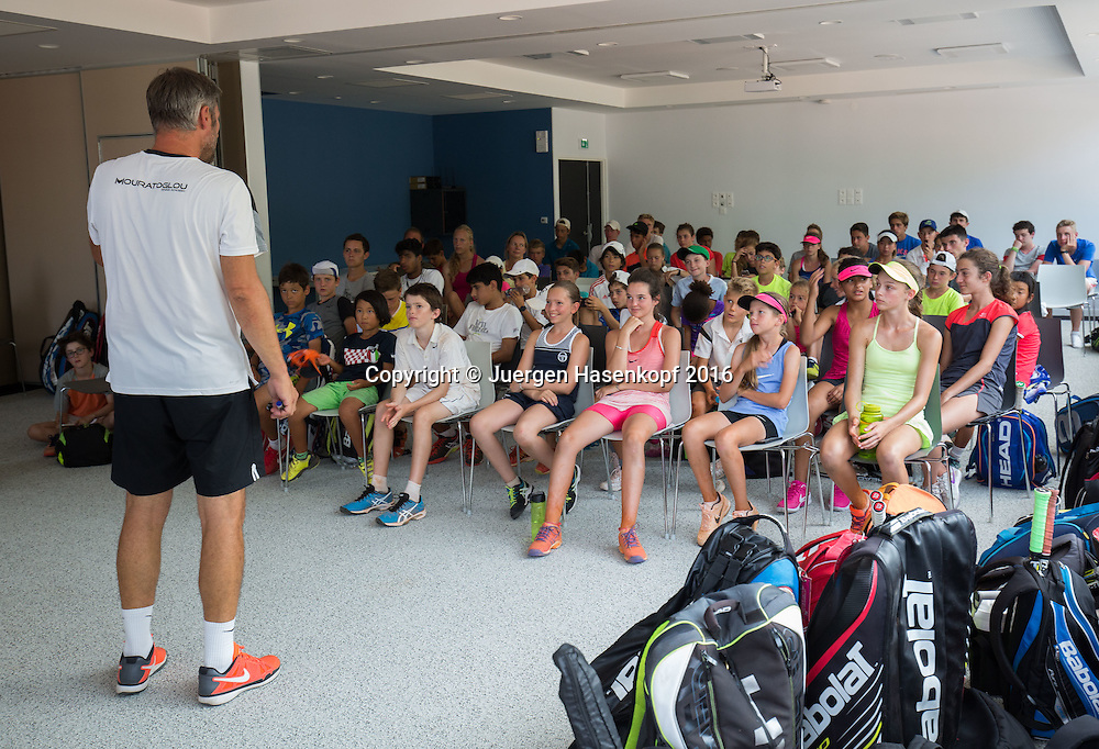 Mouratoglou Tennis Academy M.T.A Sophia Country Club, Biot, FRA.<br /> juniors attending lecture on tennis rules.<br />  - Mouratoglou Tennis Academy  -  -   Sophia Country Club, - Biot -  - Frankreich  - 26 July 2016. <br /> &copy; Juergen Hasenkopf