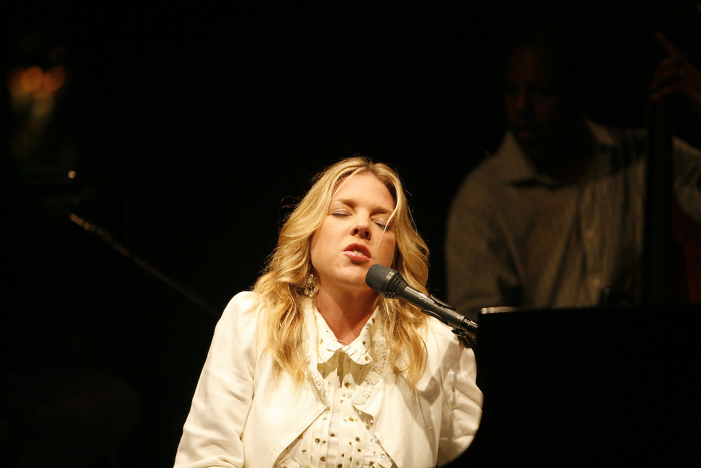 Cimiez-Nice, France. July 21st 2008..Diana Krall performs at the Nice Jazz Festival with.Anthony Wilson (guitar), Jeff Hamilton (battery), Robert Hurst (bass)..