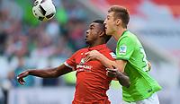 v.l. Jhon Cordoba (Mainz), Robin Knoche<br /> Wolfsburg, 02.10.2016, Fussball Bundesliga, VfL Wolfsburg - 1. FSV Mainz 05<br /> <br /> Norway only