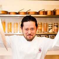 Akio Fujita - Sous-chef presso la Locanda Margon al fianco dello chef Patron Alfio Grezzi.Locanda Margon .Via Margone di Ravina, 15 38123 TRENTO.Tel: 0461 349401.E-mail: contact@locandamargon.it.http://www.locandamargon.it/benvenuti/default.asp