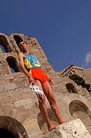 Friidrett<br /> Foto: Dppi/Digitalsport<br /> NORWAY ONLY<br /> <br /> ATHENS 2004 OLYMPIC GAMES - (GRE)<br /> <br /> ACROPLOLIS / ATHENS<br /> <br /> 1500 M AND 5000 M GOLD MEDAL HICHAM EL GUERROUJ (MOR)