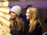 cheryl tweedy and geri halliwell at a fair in london 15.12.06.pix