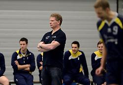 08-03-2014 NED: Gemini S - Inter Rijswijk, Hilversum<br /> In de Topdivisie doet Rijswijk goede zaken door Gemini met 3-0 te verslaan / Trainer coach Willy Steenbakkers