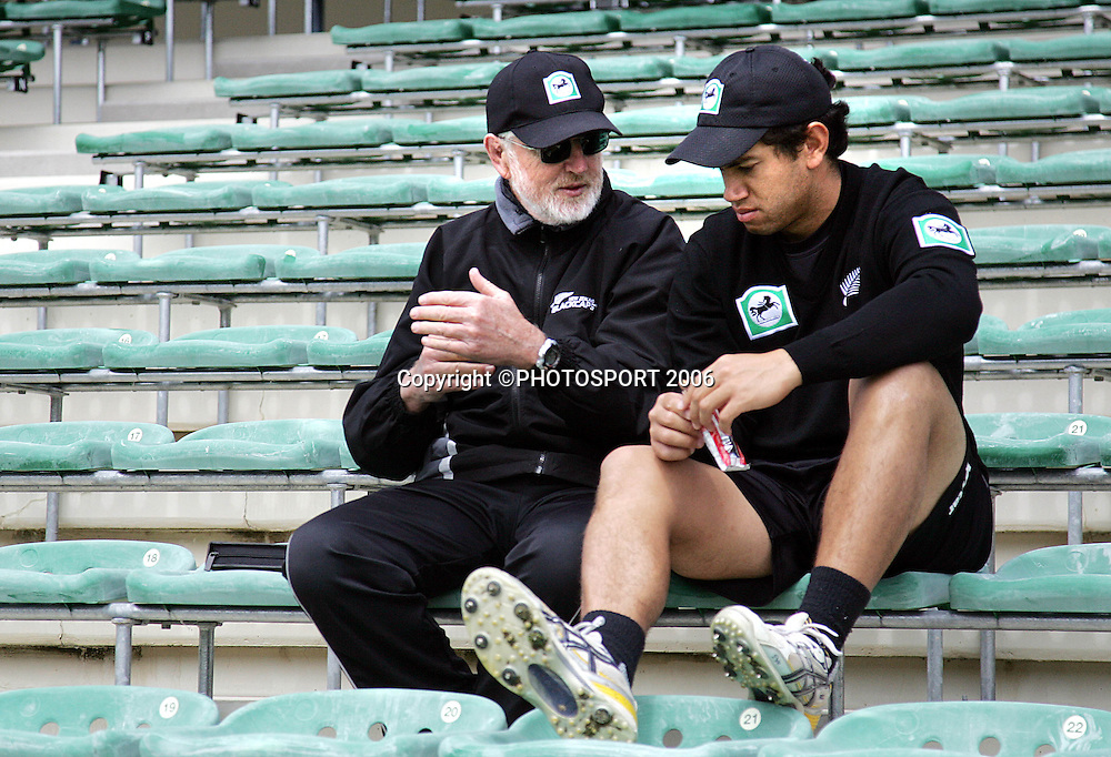 Black Caps Team Sport Psychologist Gary Hermanson talks to Ross Taylor after a training session at the John Davies Oval prior to the 2nd ODI international versus Sri Lanka, Queenstown, New Zealand on Saturday 30 December, 2006. McMillan has been called in as cover for the injured Nathan Astle. Photo: Andrew Cornaga/PHOTOSPORT.<br /><br /><br />301206