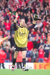 LIVERPOOL, ENGLAND - Sunday, November 4, 2001: Liverpool's goalkeeper Jerzy Dudek celebrates his side's 3-1 victory over Manchester United during the Premiership match at Anfield. (Pic by David Rawcliffe/Propaganda)