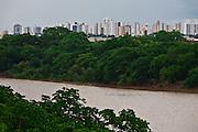 Cuiaba_MT, Brasil...Rio Cuiaba com a cidade ao fundo em Cuiaba, Mato Grosso. ..Cuiaba river with the city in the background  in Cuiaba, Mato Grosso. ..Foto: JOAO MARCOS ROSA  / NITRO..