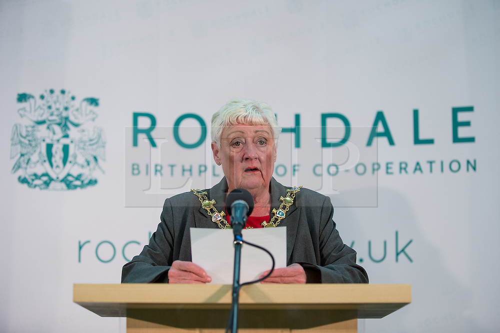 © Licensed to London News Pictures . 10/10/2014 . Heywood , UK . Returning officer CAROLE WARDLE declares Labour's Liz McInnes the winner . The count at the Heywood and Middleton by-election , following the death of sitting MP Jim Dobbin . Photo credit : Joel Goodman/LNP