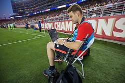 SANTA CLARA, USA - Saturday, July 30, 2016: Liverpool's Getty photographer Andrew Powell during the International Champions Cup 2016 game against AC Milan on day ten of the club's USA Pre-season Tour at the Levi's Stadium. (Pic by David Rawcliffe/Propaganda)
