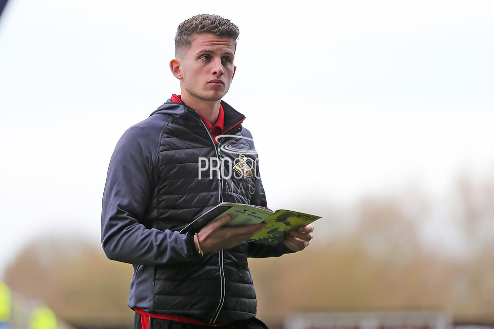 Doncaster Rovers Jordan Houghton(16) checking out the pitch before  the EFL Sky Bet League 1 match between Oxford United and Doncaster Rovers at the Kassam Stadium, Oxford, England on 9 December 2017. Photo by Gary Learmonth.