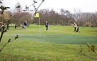 VLAARDINGEN - FREE GOLF Golf Club. 27 holes met kunstgras greens. FOTO KOEN SUYK