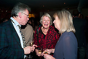 ANDREW BARROW; LYNN BARBER, Launch of Nicky Haslam's book Redeeming Features. Aqua Nueva. 5th floor. 240 Regent St. London W1.  5 November 2009.  *** Local Caption *** -DO NOT ARCHIVE-© Copyright Photograph by Dafydd Jones. 248 Clapham Rd. London SW9 0PZ. Tel 0207 820 0771. www.dafjones.com.<br /> ANDREW BARROW; LYNN BARBER, Launch of Nicky Haslam's book Redeeming Features. Aqua Nueva. 5th floor. 240 Regent St. London W1.  5 November 2009.