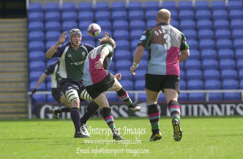 Photo. © Peter Spurrier/Intersport Images.04/04/2004  - 2003/04 Zurich Premiership - London Irish v Harlequins... ..