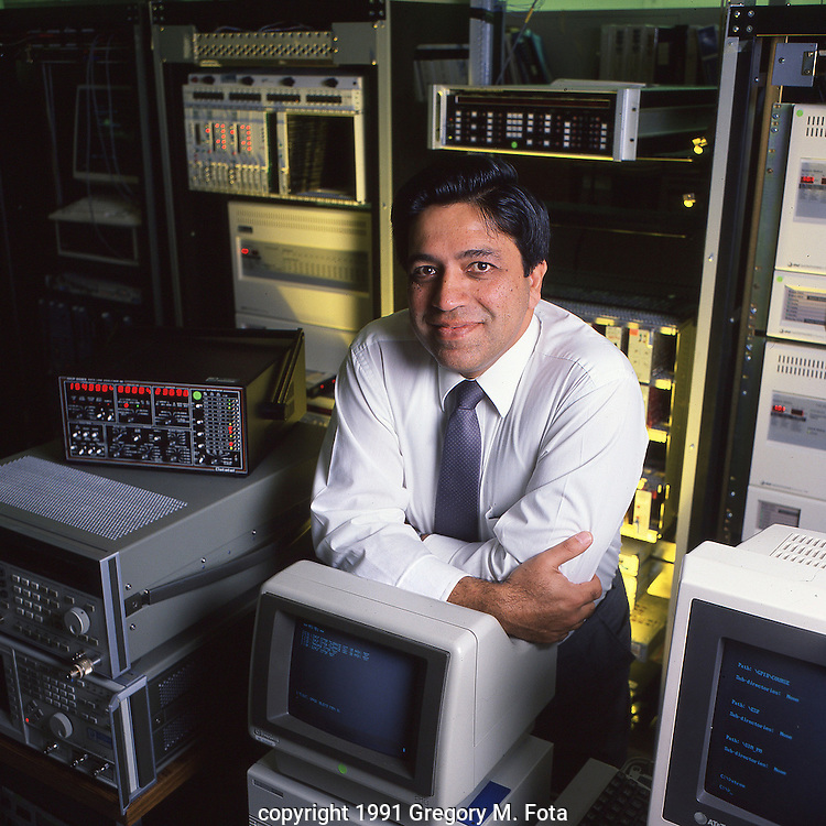 AT&T Technician - for FOCUS, AT&T corporate  magazine. c. 1991.