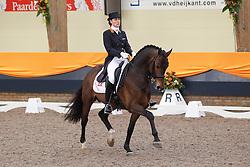 Laarakkers Christa (NED) - Uphill<br /> KNHS Indoorkampioenschappen 2010<br /> © Hippo Foto - Leanjo de Koster