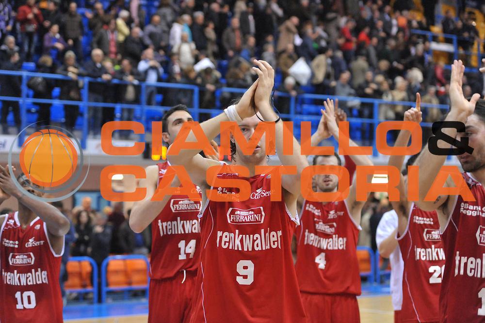 DESCRIZIONE : Brindisi Lega A 2012-13 Enel Brindisi Trenkwalder Reggio Emilia<br /> GIOCATORE : Team<br /> CATEGORIA : Esultanza<br /> SQUADRA : Trenkwalder Reggio Emilia<br /> EVENTO : Campionato Lega A 2012-2013 <br /> GARA : Enel Brindisi Trenkwalder Reggio Emilia<br /> DATA : 01/04/2013<br /> SPORT : Pallacanestro <br /> AUTORE : Agenzia Ciamillo-Castoria/V.Tasco<br /> Galleria : Lega Basket A 2012-2013  <br /> Fotonotizia : Brindisi Lega A 2012-13 Enel Brindisi Trenkwalder Reggio Emilia