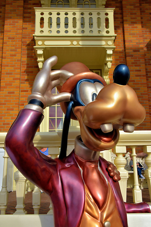 Goofy Statue on Main Street U.S.A. at Magic Kingdom in Orlando, Florida<br />