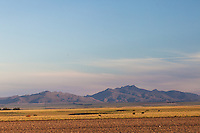SIERRA DE LA VENTANA, PARTE SUR DESDE LA RUTA 72, TORNQUIST, PROVINCIA DE BUENOS AIRES, ARGENTINA (PHOTO © MARCO GUOLI - ALL RIGHTS RESERVED)