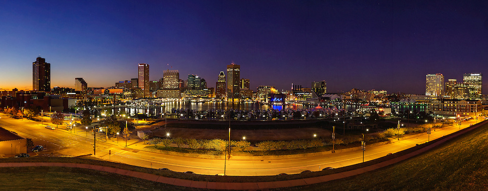 Baltimore shyline and inner harbor forn federal hill