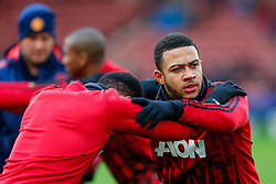 Memphis Depay of Manchester United warms up - Mandatory byline: Rogan Thomson/JMP - 26/12/2015 - FOOTBALL - Britannia Stadium - Stoke, England - Stoke City v Manchester United - Barclays Premier League - Boxing Day Fixture.