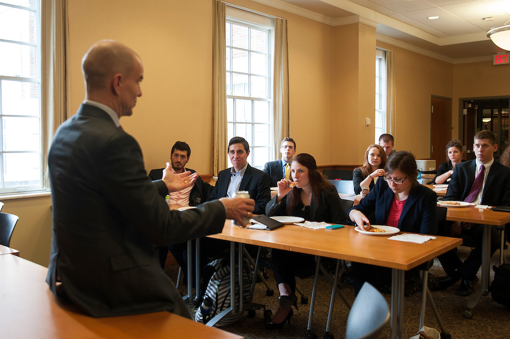 Tom De Weerdt, Vice President and Corporate Controller of Mead Johnson Nutrition, speaks with students in Select Leaders in the College of Business on Wednesday, April 8. De Weerdt visited Ohio University as apart of the Leadership Speaker Series.