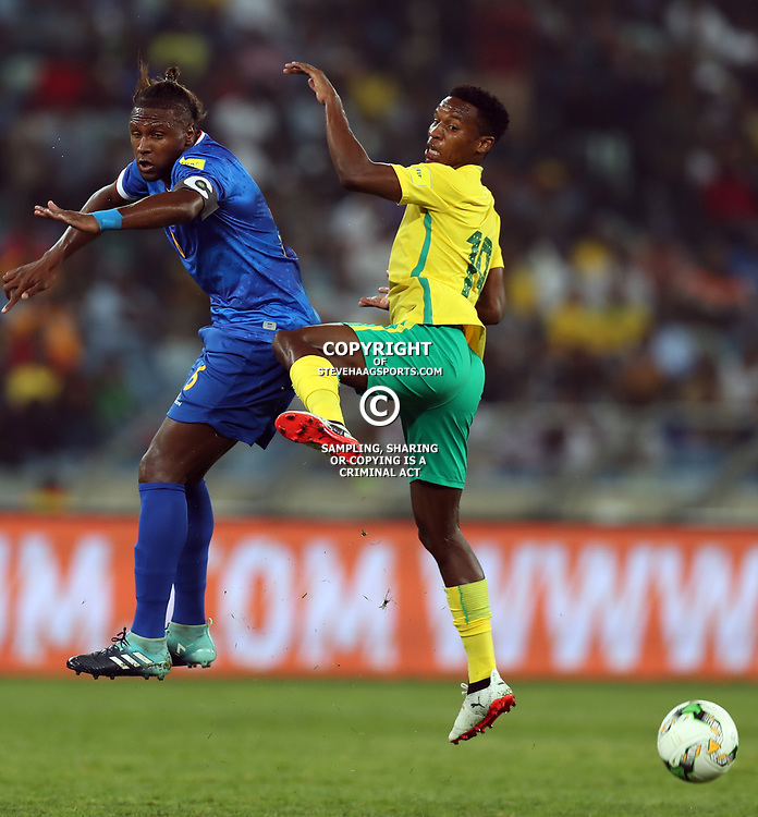 Marco Soares of Cape Verde and Themba Zwane of South Africa (Bafana Bafana) during the 2018 Football World Cup qualifier  match between South Africa (Bafana Bafana)  and Cape Verde Islands,at the Moses Mabhida Stadium in Durban South Africa Tuesday, September 5,2017.  (Photo by Steve Haag)