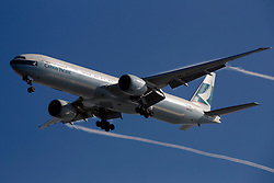 Boeing 777-367(ER) (B-KPY) operated by Cathay Pacific on approach to San Francisco International Airport (SFO), San Francisco, California, United States of America