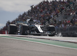 October 21, 2018 - Austin, USA - Mercedes AMG Petronas driver Lewis Hamilton (44) of Great Britain of Finland heads into Turn 2 during the Formula 1 U.S. Grand Prix at the Circuit of the Americas in Austin, Texas on Sunday, Oct. 21, 2018. Hamilton finished third. (Credit Image: © Scott Coleman/ZUMA Wire)