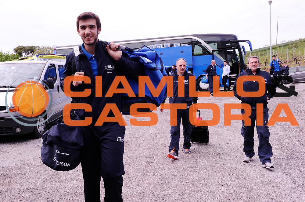 DESCRIZIONE : Ancona Beko All Star Game 2013-14 Beko All Star Team Italia Nazionale Maschile<br /> GIOCATORE : arrivo pullman<br /> CATEGORIA : <br /> SQUADRA : All Star Team Italia Nazionale Maschile<br /> EVENTO : All Star Game 2013-14<br /> GARA : Italia All Star Team<br /> DATA : 13/04/2014<br /> SPORT : Pallacanestro<br /> AUTORE : Agenzia Ciamillo-Castoria/M.Marchi<br /> Galleria : FIP Nazionali 2014<br /> Fotonotizia : Ancona Beko All Star Game 2013-14 Beko All Star Team Italia Nazionale Maschile<br /> Predefinita :