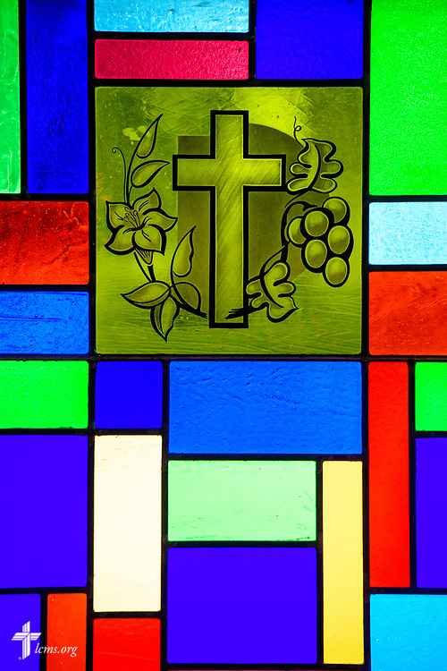 Stained glass depicting the vine and branches around the cross at Zion Lutheran Church, Worms, Neb., on Saturday, Sept. 23, 2017. LCMS Communications/Erik M. Lunsford