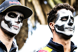 (L to R): Max Verstappen (NLD) Red Bull Racing with team mate Daniel Ricciardo (AUS) Red Bull Racing.<br /> 27.10.2016. Formula 1 World Championship, Rd 19, Mexican Grand Prix, Mexico City, Mexico, Preparation Day.<br />  <br /> / 271016 / action press