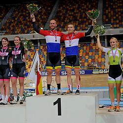 podium van de tandem (mannen vrouwen) 1 km tijdrit op het NK baanwielrennen