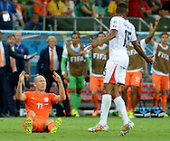 Arjen Robben (left) of Netherlands and Junior Diaz of Costa Rica during the 2014 FIFA World Cup match at the Itaipava Arena Fonte Nova, Nazare, Bahia<br /> Picture by Stefano Gnech/Focus Images Ltd +39 333 1641678<br /> 05/07/2014