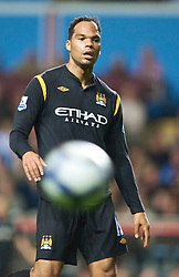 BIRMINGHAM, ENGLAND - Monday, October 5, 2009: Manchester City's Joleon Lescott in action against Aston Villa during the Premiership match at Villa Park. (Pic by David Rawcliffe/Propaganda)