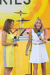 17.08.2013, New York, USA, ABC Show, Good Morning Amerika, im Bild Lara Spencer and Ginger Zee // during the ABC Show Good Morning Amerika in New York, Unites States of Amerika on 2013/08/17. EXPA Pictures © 2013, PhotoCredit: EXPA/ Newspix/ MediaPunch Inc<br /> <br /> ***** ATTENTION - for AUT, SLO, CRO, SRB, BIH, TUR, SUI and SWE only *****