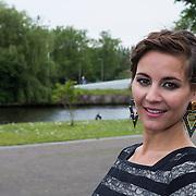 """NLD/Amsterdam/20130626 - Uitreiking Jackie""""s Best Dressed 2013, hoofdredactrice Suzanne Arbeid"""