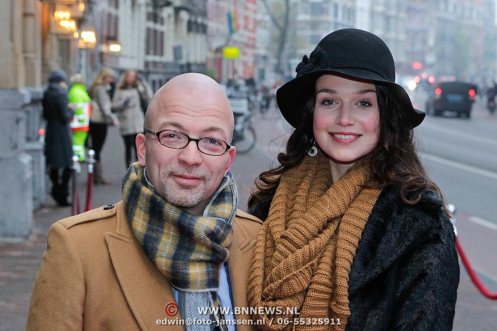 NLD/Amsterdam/20111120 - Premiere De Eetclub, Sophie Veldhuizen en partner