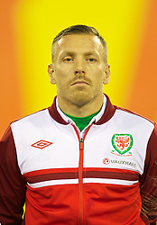 BRUSSELS, BELGIUM - Tuesday, October 15, 2013: Wales' Craig Bellamy lines-up to face Belgium before the 2014 FIFA World Cup Brazil Qualifying Group A match at the Koning Boudewijnstadion. (Pic by David Rawcliffe/Propaganda)