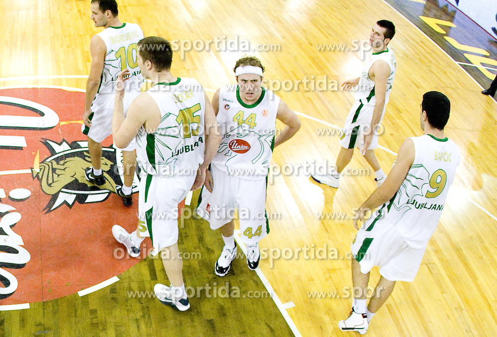 Dusan Djordjevic (10) of Olimpija, Uros Slokar (15) of Olimpija, Matt Vincent Walsh (44) of Olimpija, Sani Becirovic (7) of Olimpija and Edin Bavcic (9) of Olimpija at Group C of Euroleague basketball match between KK Union Olimpija, Slovenia and Caja Laboral, Spain, on November 5, 2009, in Arena Tivoli, Ljubljana, Slovenia.  (Photo by Vid Ponikvar / Sportida)