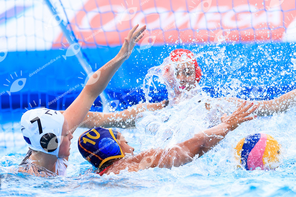Emmerson Houghton of New Zealand, Paula Crespi Barriga of Spain<br /> New Zealand (White cap) vs Spain (Blue Cap) Water Polo - Preliminary round<br /> Day 03 16/07/2017 <br /> XVII FINA World Championships Aquatics<br /> Alfred Hajos Complex Margaret Island  <br /> Budapest Hungary July 15th - 30th 2017 <br /> Photo @Marcelterbals/Deepbluemedia/Insidefoto Photo @Marcelterbals/Deepbluemedia/Insidefoto
