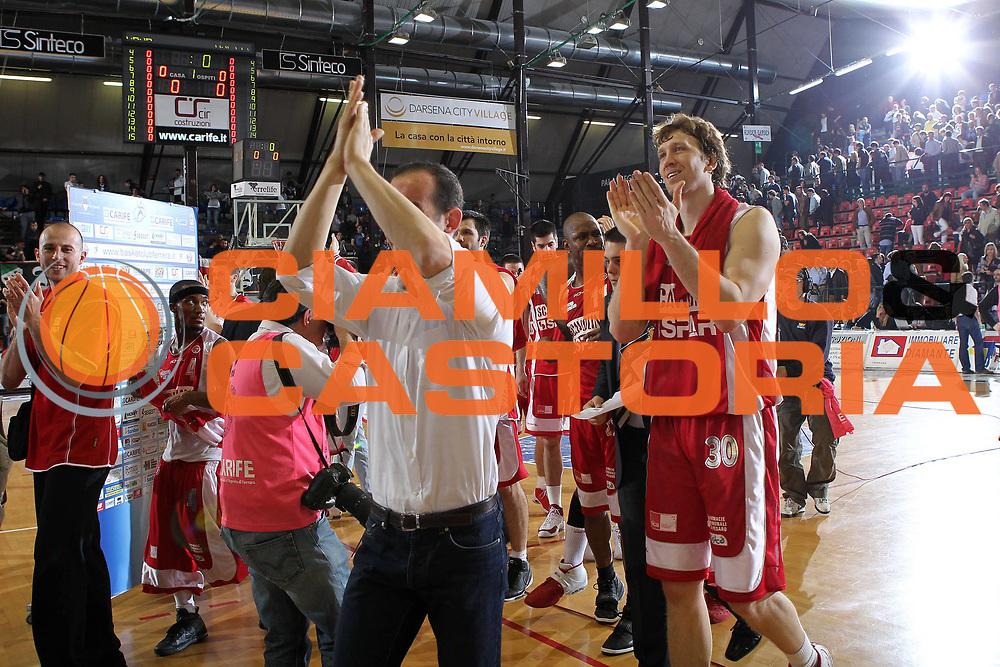 DESCRIZIONE : Ferrara Lega A 2009-10 Basket Carife Ferrara Scavolini Spar Pesaro<br /> GIOCATORE : Casey Shaw<br /> SQUADRA : Scavolini Spar Pesaro<br /> EVENTO : Campionato Lega A 2009-2010<br /> GARA : Carife Ferrara Scavolini Spar Pesaro<br /> DATA : 10/04/2010<br /> CATEGORIA : Esultanza<br /> SPORT : Pallacanestro<br /> AUTORE : Agenzia Ciamillo-Castoria/G.Contessa<br /> Galleria : Lega Basket A 2009-2010 <br /> Fotonotizia : Ferrara Campionato Italiano Lega A 2009-2010 Carife Ferrara Scavolini Spar Pesaro<br /> Predefinita :