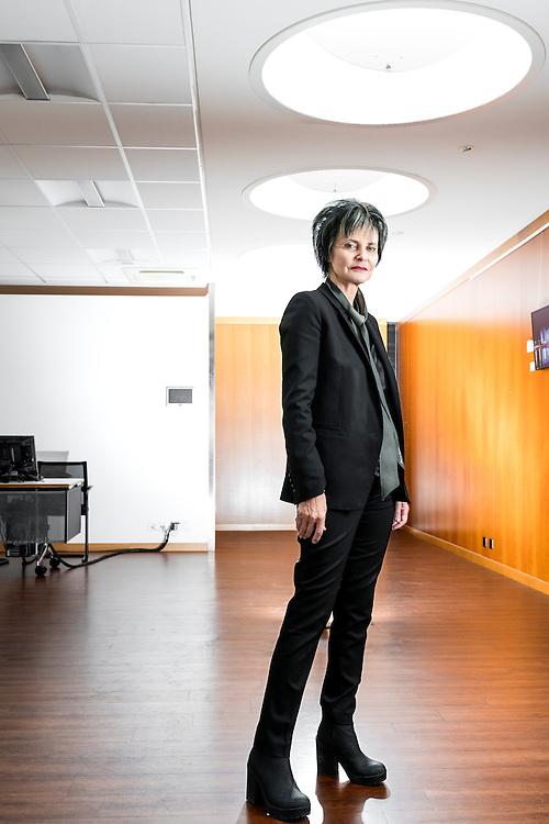 Micheline Calmy-Rey, n&eacute;e le 8 juillet 1945 &agrave; Sion, est une femme politique suisse, originaire de Chermignon. Membre du Parti socialiste suisse, elle fut conseill&egrave;re f&eacute;d&eacute;rale et cheffe du D&eacute;partement f&eacute;d&eacute;ral des affaires &eacute;trang&egrave;res de 2003 &agrave; 2011.<br /> Novembre, Gen&egrave;ve 2016<br /> &copy;Nicolas Righetti/ Lundi13