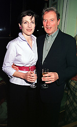 Actress HARRIET WALTER and MR PETER BLYTH at a<br />  party in London on 27th April 2000.ODC 20
