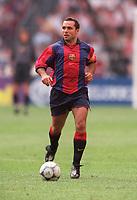 Sergi - Barcelona. Barcelona v Lazio. The Amsterdam Tournament. Amsterdam Arena, 5/8/2000. Credit: Colorsport / Stuart MacFarlane.