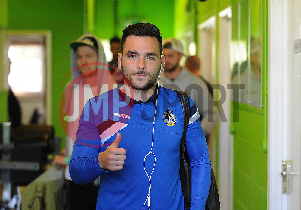 A thumbs up from Bristol Rovers' Jake Gosling - Photo mandatory by-line: Neil Brookman/JMP - Mobile: 07966 386802 - 29/04/2015 - SPORT - Football - Nailsworth - The New Lawn - Forest Green Rovers v Bristol Rovers - Vanarama Football Conference