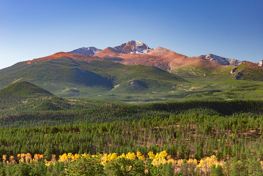 This is a autumn picture of long's peak with a tiny glaze of snow.<br /> <br /> Camera <br /> NIKON D610<br /> Lens <br /> 24.0-70.0 mm f/2.8<br /> Focal Length <br /> 70<br /> Shutter Speed <br /> 1/160<br /> Aperture <br /> 9<br /> ISO <br /> 400